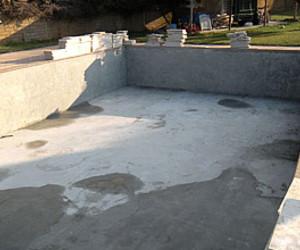 Lavori su nuova piscina valdimare